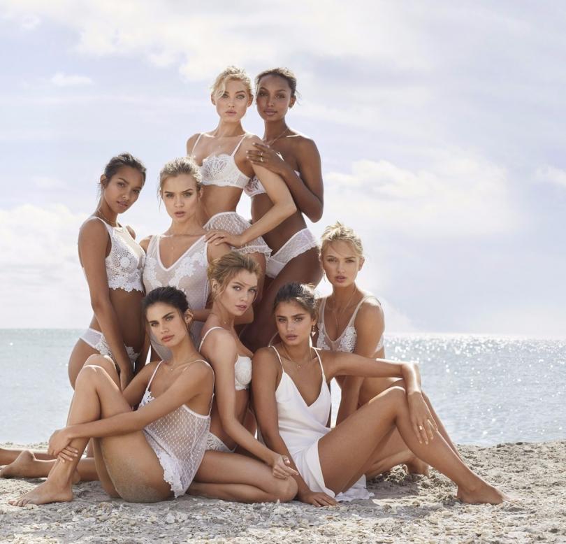 Victoria's Secret İle Meleklerin Beyaz Yaz Şıklığını Yakalayın